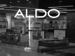 فروشگاه آلدو (داخلی)